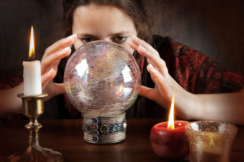 online Psychic medium 2017